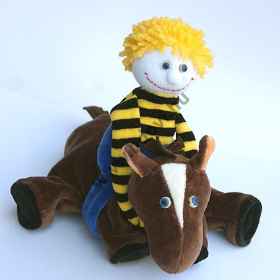 Ötujjas báb: lovas