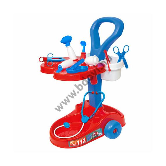 Piros-kék orvosi kocsi kiegészítőkkel