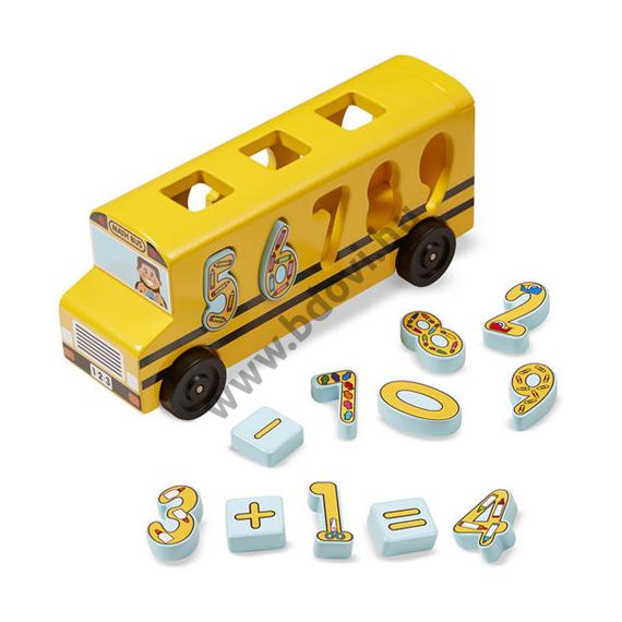 Fa formarendező iskolabusz számokkal